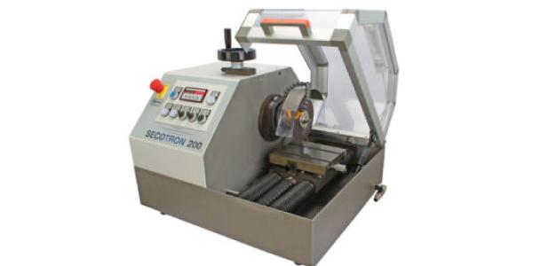 Micro cortadora metalográfica
